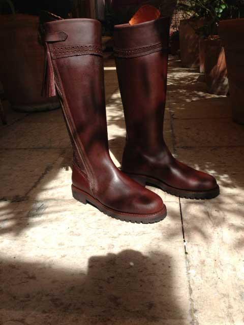 meilleur endroit couleurs et frappant élégant et gracieux bottes hautes cuir pour homme